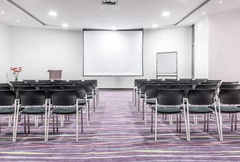 alquiler de sillas para reuniones de propietarios